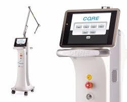 טיפול בצלקות אקנה - לייזר לצלקות אקנה - מכשיר לייזר פרקציונאלי (מקטעי) מסוג CORE2